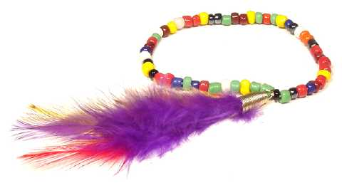 Beaded Stretch Bracelet With Feathers B2293